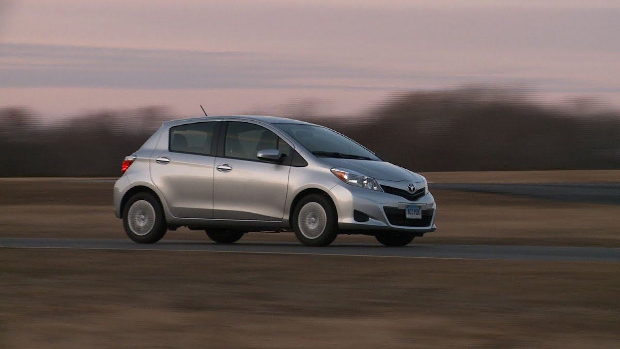 2013 toyota yaris consumer reviews