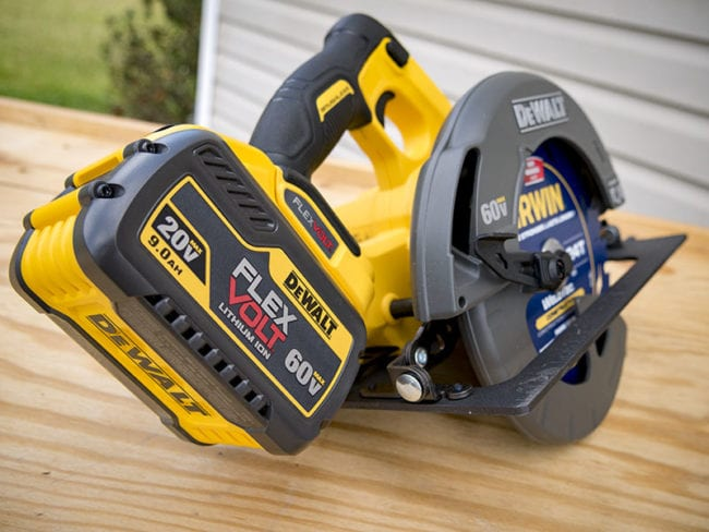 dewalt flexvolt circular saw review