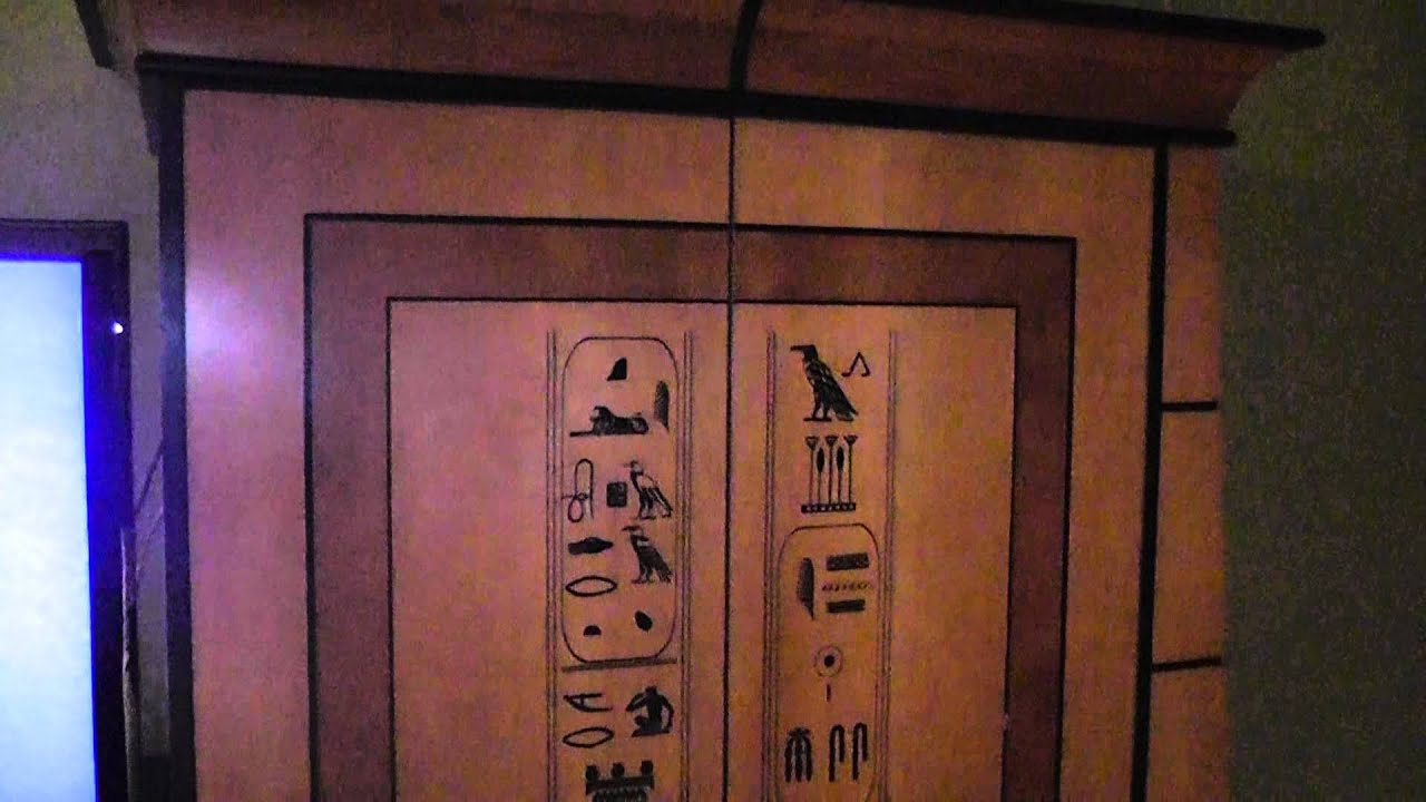 luxor tower deluxe room review