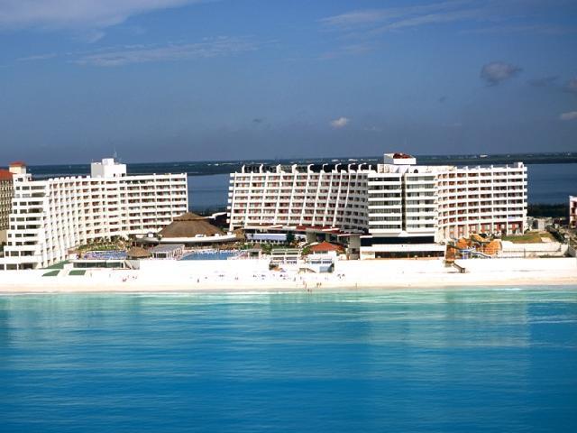 crown paradise cancun mexico reviews
