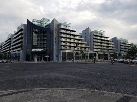 maldron hotel dublin parnell square reviews