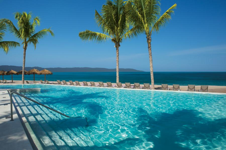 secrets hotel puerto vallarta reviews